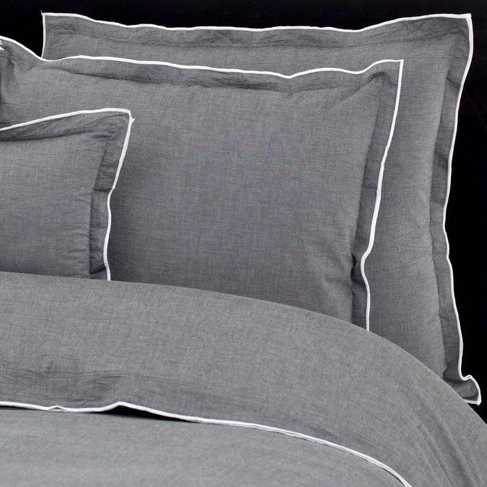 Hochwertige Bettwasche Von Flamant Aus Feiner Baumwolle Und Edlem